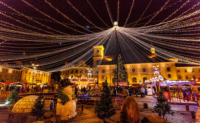 Ren julemagi i den rumenske byen Sibiu